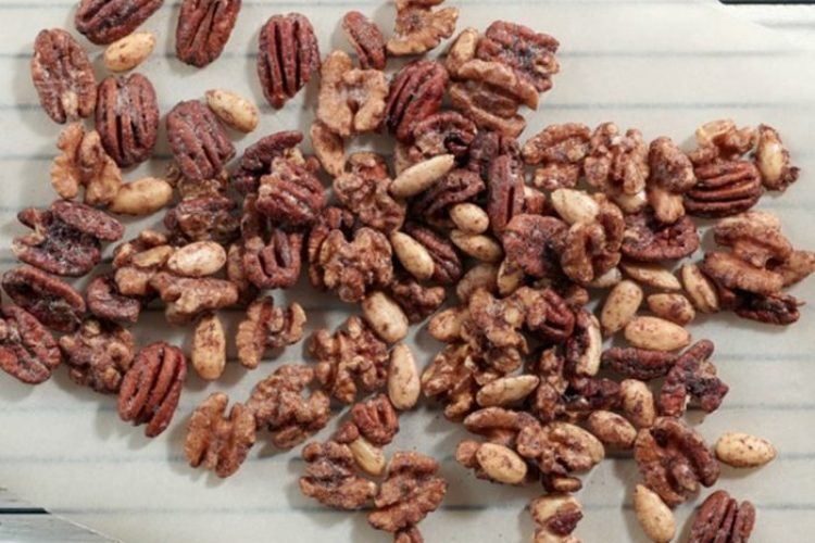 Sweet and Crunchy Nuts