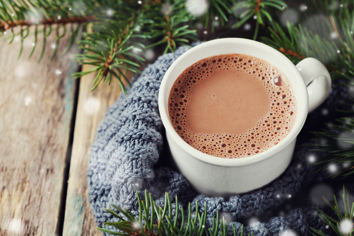 Spiked Peppermint Hot Chocolate (that won't spike your blood sugar!)